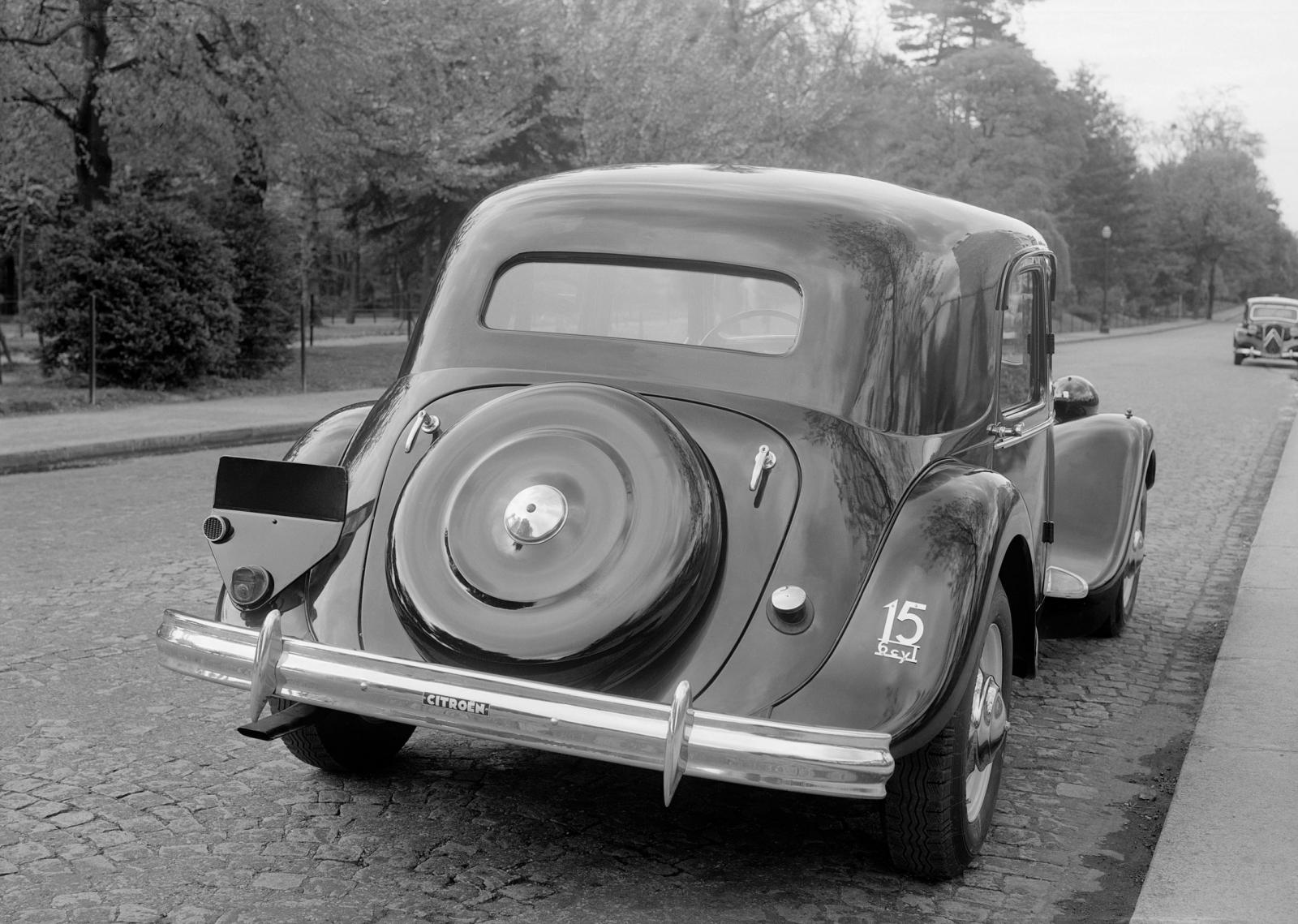1939. g. Traction 15 SIX G